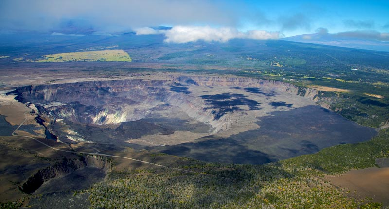 hawaii-volcanoes-national-park-crater-helicopter-overview.jpg